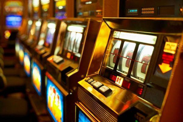 Видеонаблюдение игровые автоматы рублевое интернет казино с мгновенными выплатами