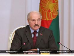 Лукашенко: По-старому работать будет невозможно, прежде всего, этого от нас буду требовать я