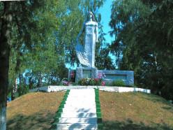 Слуцкие власти организовали сбор средств на восстановление памятника сожжённым деревням