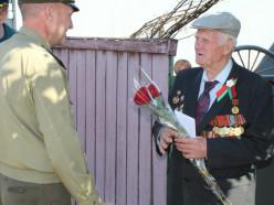 Слуцкий РОЧС и кадеты навестили ветерана пожарной службы и участника ВОВ
