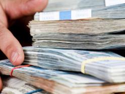 Белорусов проверят на соответствие доходов и расходов.