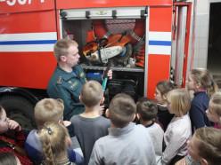 Слуцкие спасатели посетили среднюю школу №5