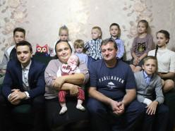 Лукашенко поручил устранить недоразумения при подсчете пенсионного стажа многодетных матерей