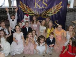 Слуцкая школа красоты провела благотворительный бал в поддержку Анастасии Демидович