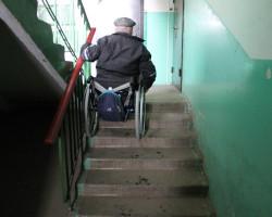 Неподъемный вопрос. Инвалид из Слуцка борется за безбарьерную среду