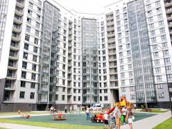 Ключи от квартир получили жильцы 16-этажного дома в новом микрорайоне Солигорска