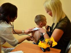 Получение медсправки в школу и детский сад упростили