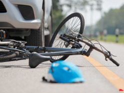 В деревне Поповцы Слуцкого районе грузовик сбил велосипедистку