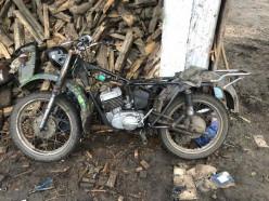В Солигорском районе трое несовершеннолетних украли мотоцикл и инструменты, возбуждено уголовное дело