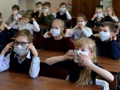 Перейдут ли слуцкие школьники на дистанционку и продлят ли каникулы в связи с пандемией