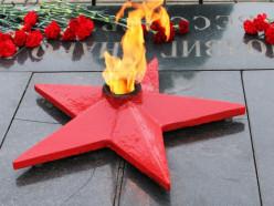 В Слуцке отметили 100-летие белорусской армии и День защитников Отечества