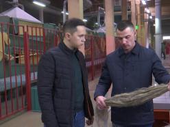 На канале СТВ показали, как производят лён на модернизированном заводе в Слуцке