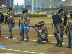 МВД: За вчерашний вечер по фактам нападения на сотрудников возбуждено 17 уголовных дел