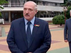 «Я ведь никого из вас не оскорбил лично». Лукашенко попросил не называть его «усатым тараканом» и «Сашей 3%»