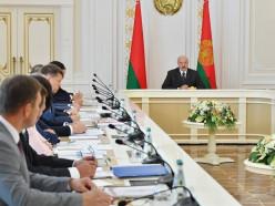 Лукашенко: средние города должны быть выведены на высокий уровень развития
