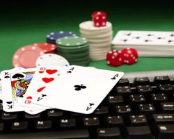 Где сыграть в покер?