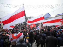 «Вы хотите, чтобы Беларусь проиграли в карты?» Как в Минске проходит акция протеста