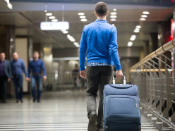 Потенциальные тунеядцы. В Беларуси заметно выросло число тех, кто уезжает на заработки за границу