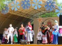 Более десятка дипломов взяли случчане на областном празднике «Слуцкие пояса»