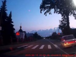 Погоня, ДТП, неповиновение. Как пьяный водитель в Слуцке пытался скрыться от ГАИ - видео