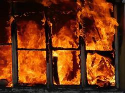 На пожаре в Сорогах пенсионерка получила ожоги 1-3 степени