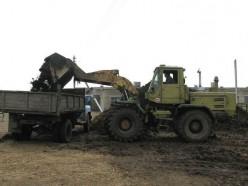 Завскладом и тракторист хозяйства в Стародорожском районе должны будут компенсировать утечку 4 тонн дизтоплива