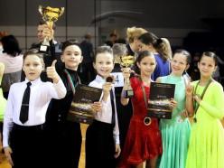Танцевально-спортивный клуб «Априори» проводит набор детей и взрослых всех возрастов в новые группы