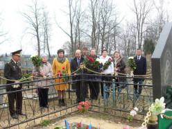 Представитель Минобороны Азербайджана посетил в Слуцке могилу героя Азербайджана