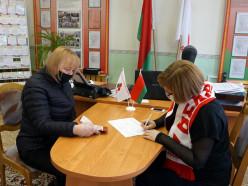 За Лукашенко уже собрали 200 тысяч подписей