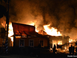 На пожарах в Копыльском и Крупском районах при невыясненных обстоятельствах погибли люди - СК