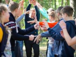 Отдел образования при поддержке Слуцкой епархии провели детям «Браславскую одиссею»
