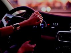 Нетрезвая случчанка пыталась уехать от мужа на машине - он вызвал ГАИ