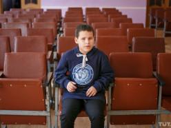 Незрячий мальчик из Слуцка, ставший голосом «Минск-Арены», выступит в Москве
