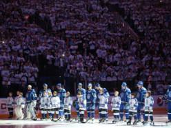 Незрячий 10-летний мальчик из Слуцка исполняет гимны перед матчами КХЛ