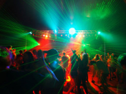 На этих выходных в Слуцке снова пройдёт молодёжная дискотека