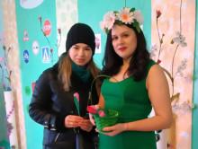 «Весна встречала - цветы дарила». В слуцком детсаду №5 утром поздравляли женщин
