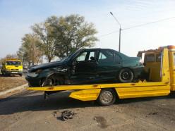 ДТП на выезде со стоянки «Март Инн». Водитель Пежо доставлен в больницу
