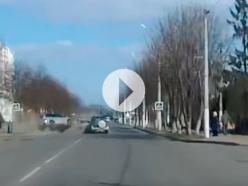 Как BMW X5 смогла перевернуться на крышу и кто виноват в этом ДТП? Запись регистратора