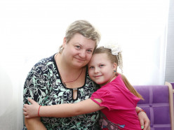 «Страшно, когда не знаешь, чем накормить ребенка» — мама Маруси Ковалени с фенилкетонурией