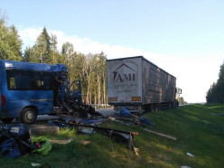 ДТП с двумя погибшими пассажирами микроавтобуса в Минском районе: за рулём фуры был житель Слуцка
