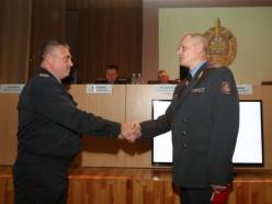 Министр внутренних дел вручил медаль начальнику слуцкой милиции
