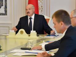 Лукашенко: госслужащий - человек с высочайшими моральными качествами