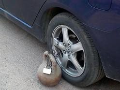 У неработающего из незакрытой «Хонды» украли кошелёк