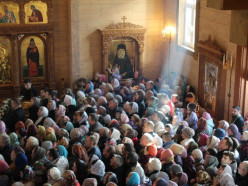 На улице Магистральная в Слуцке освятили храм Паисия Святогорца