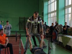 Как прошли соревнования по жиму лёжа среди учащихся Слуцка