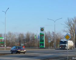 Вниманию водителей: возле заправки на Богдановича снова Т-образный перекрёсток