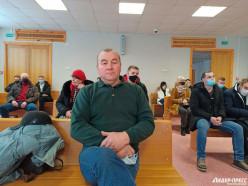 Электрослесаря «Беларуськалия» судят за то, что 9 августа «умышленно избил милиционеров»