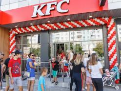 В Солигорске открылся единственный в регионе ресторан KFC. Фото