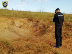 Детей засыпало песком в «карьере» в Ошмянском районе