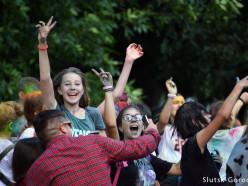 Как прошёл фестиваль красок в городском парке. Фото